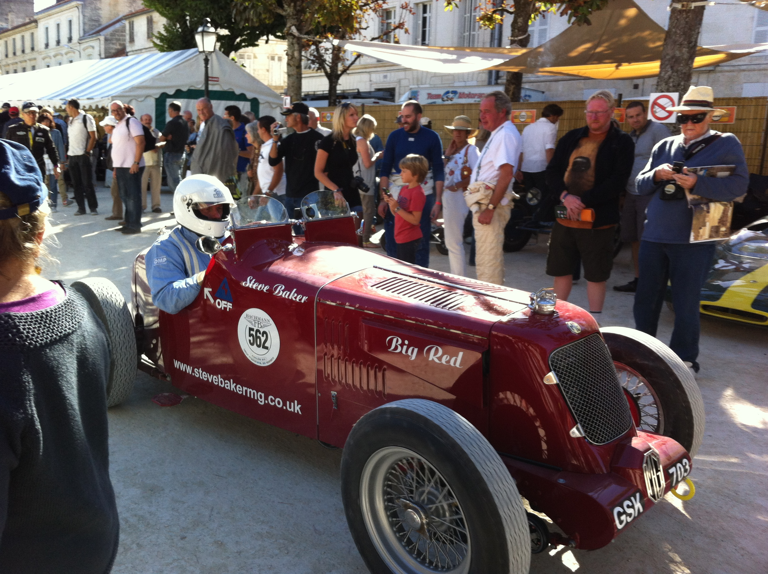Early MG prepares to the leave the paddock