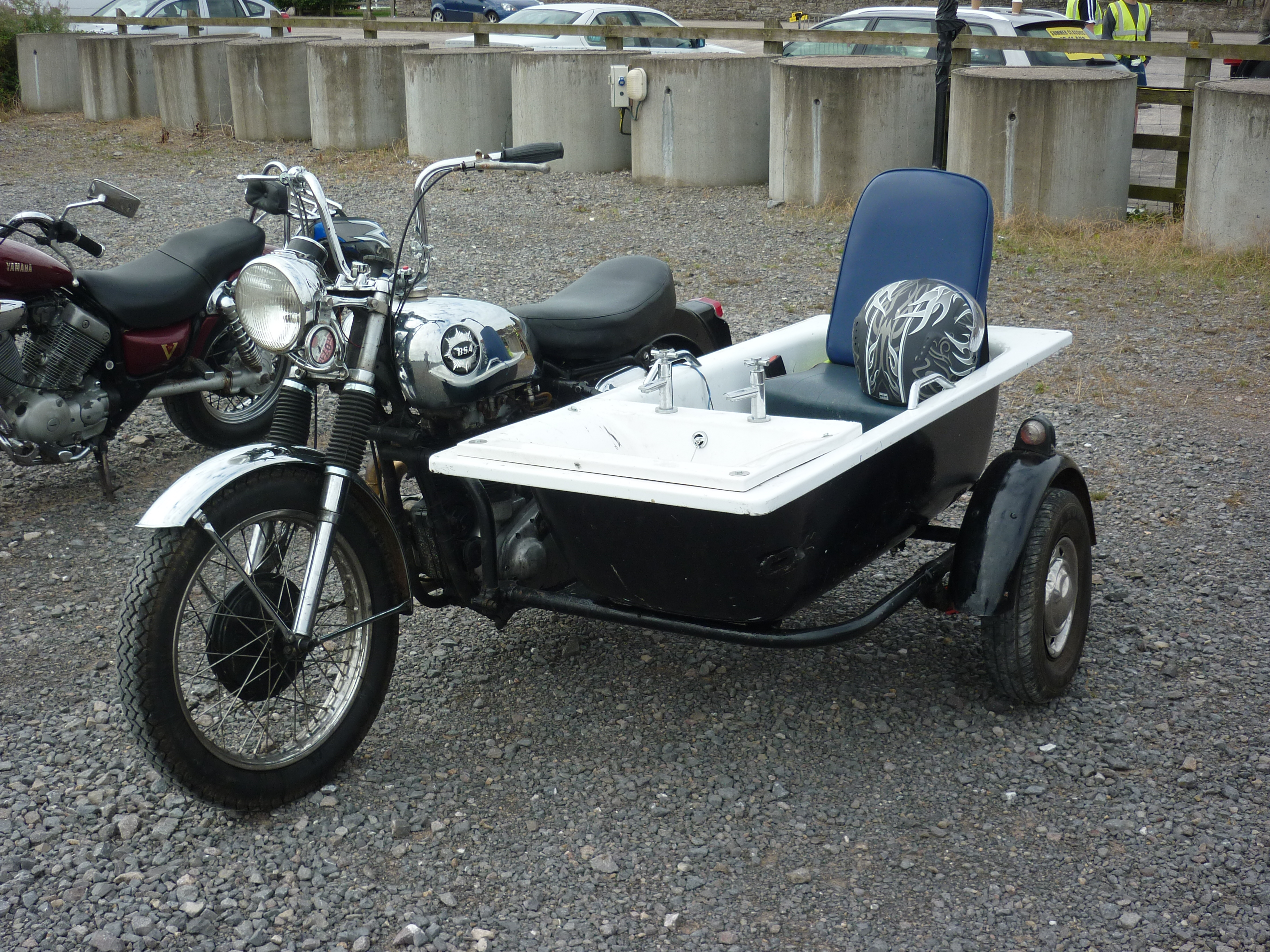 Motorcycle and Bath Sidecar