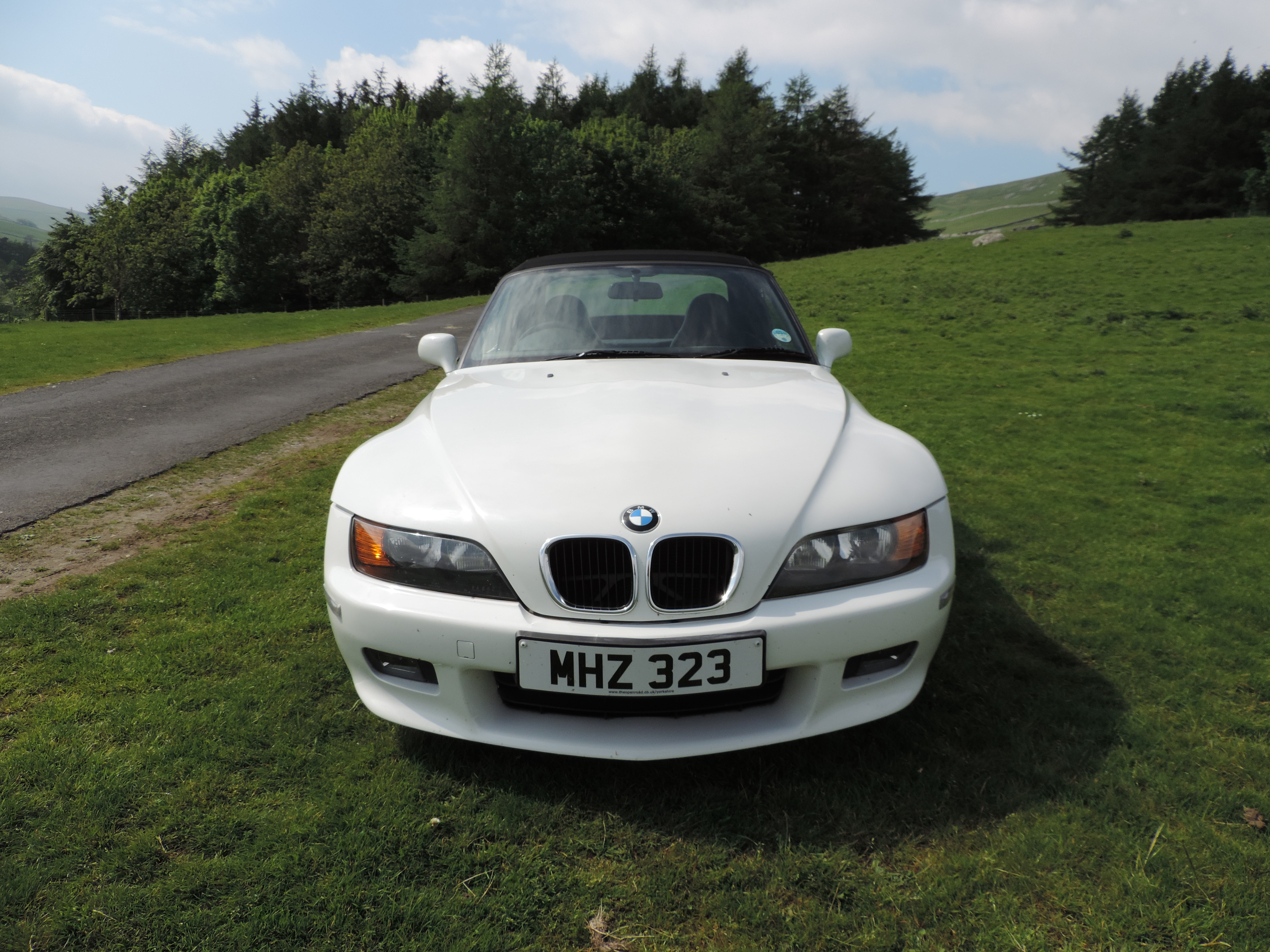 bmw z3 pre launch strategy Bmw z3 pre-launch strategy 1420 words   6 pages bmw z3 launch hbs  case study date: 18th august 2009 question 1 define what you.
