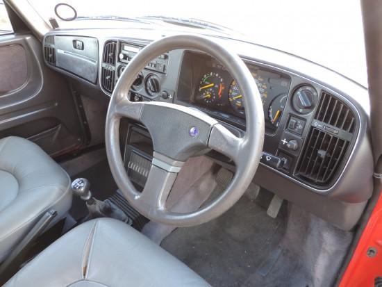 Saab 900 T16S