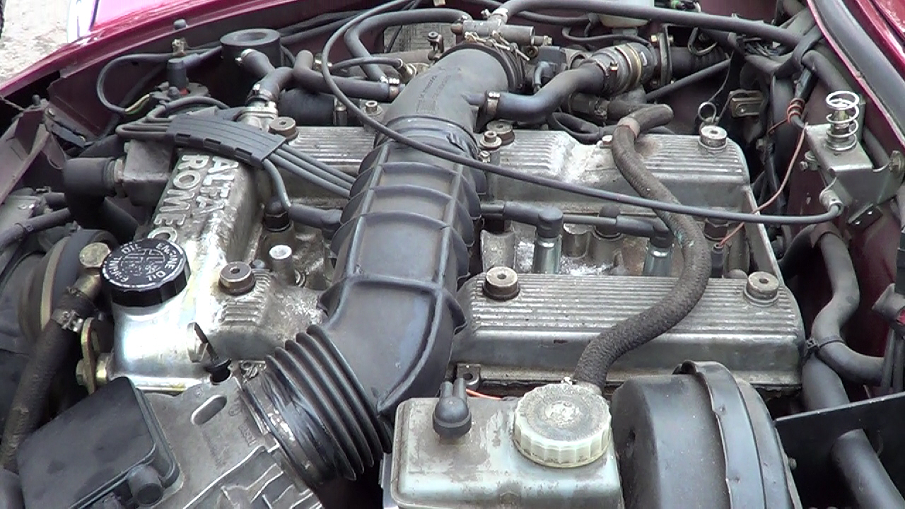 Fuel Injected Twin Cam Engine