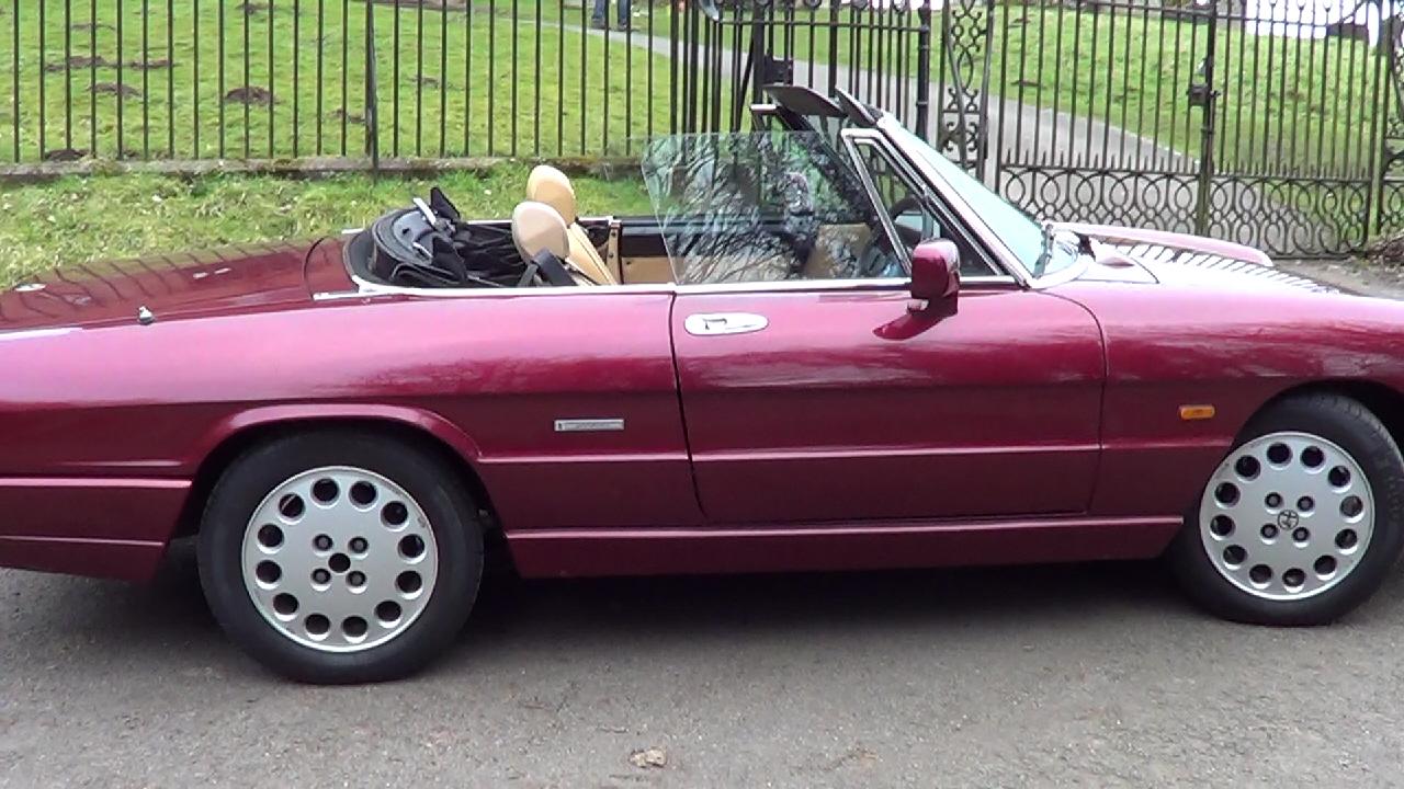 Alfa Romeo Spider- Rear Space