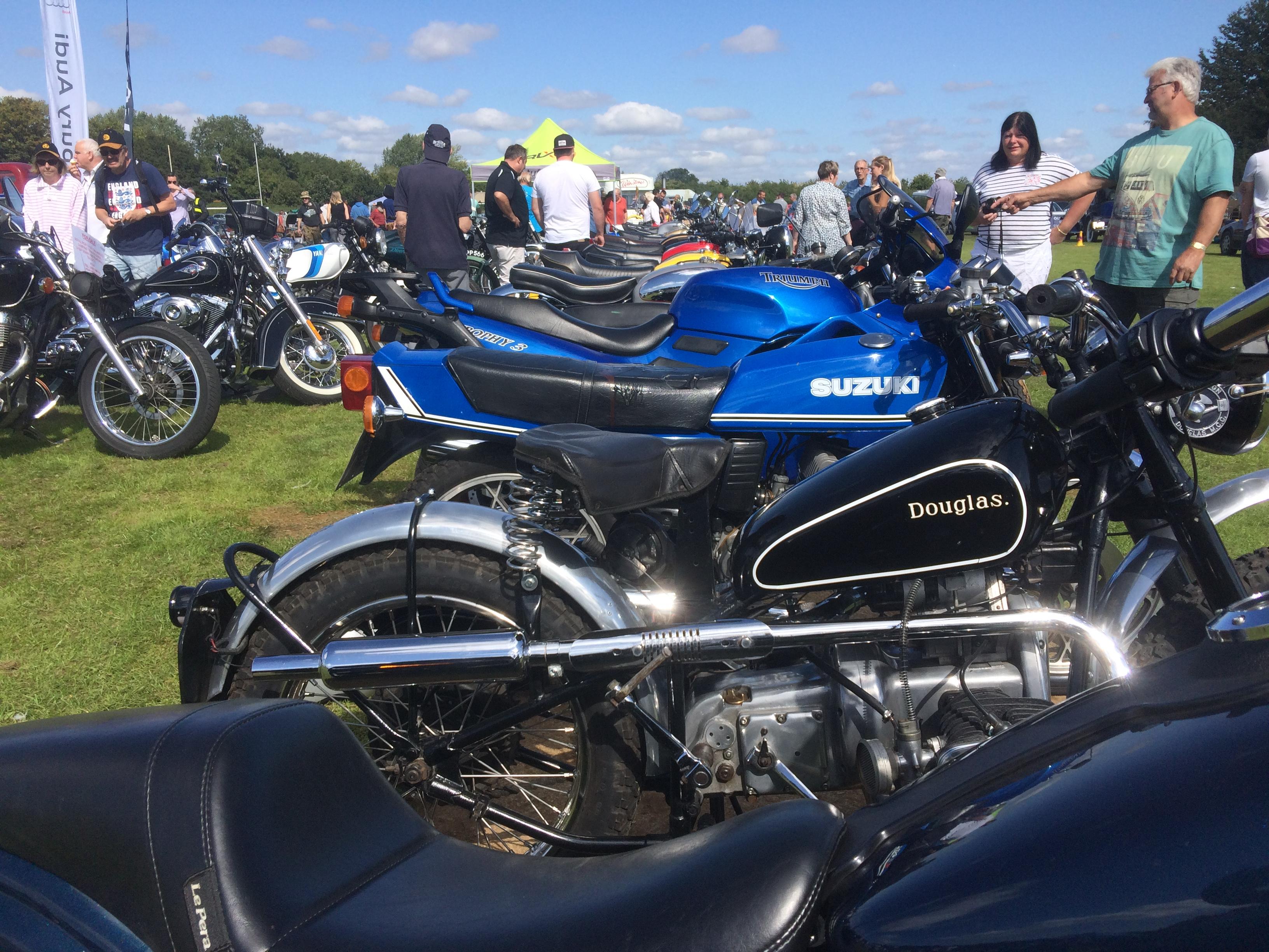 Motorbikes Too